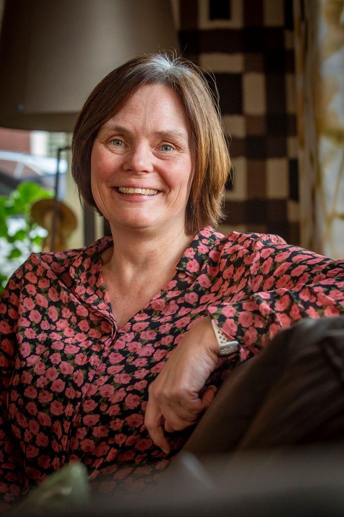 Hanneke Meulblok doet historisch onderzoek in Steenbergen.