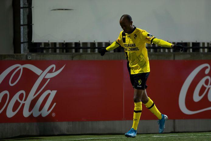Fessou Placca viert een doelpunt. De Togolese spits trof zes keer raak in vijftien optredens voor Lierse.