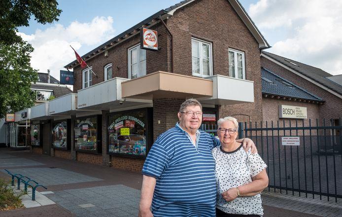 Peter en Elly Bosch stopten vorig jaar met de kantoorboekhandel in de Hoofdstraat van Epe.