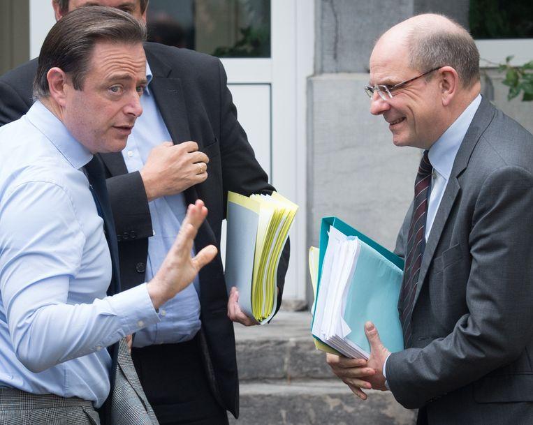 Antwerps burgemeester Bart De Wever (N-VA) en minister van Justitie Koen Geens (CD&V). Beeld BELGA