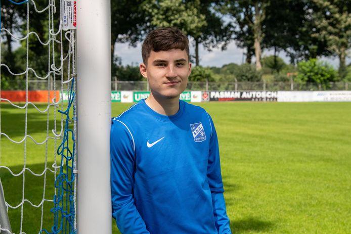 """Alen Karahasanovic is terug bij SDC Putten: ,,Ik wil genieten en plezier maken. Goed spelen en belangrijk zijn voor het team."""""""
