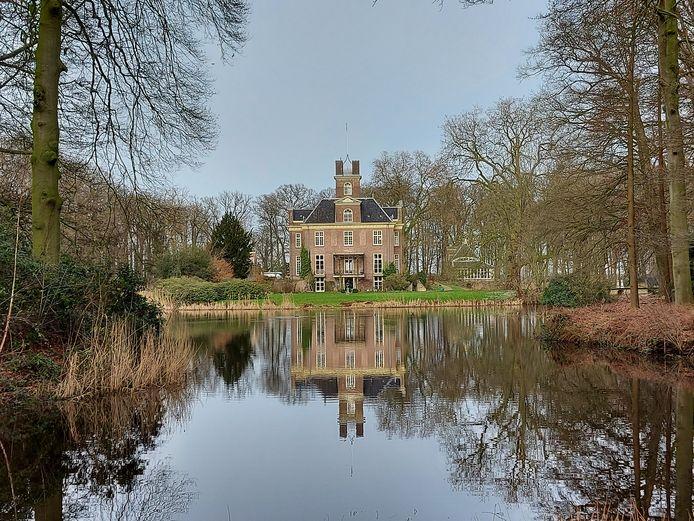 Kasteel Oldenaller, prachtig gerestaureerd door Natuurmonumenten.