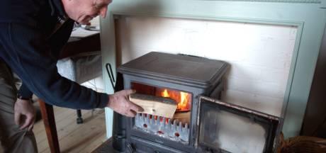 Wel bemiddeling maar geen handhaving bij houtstook in Oldenzaal