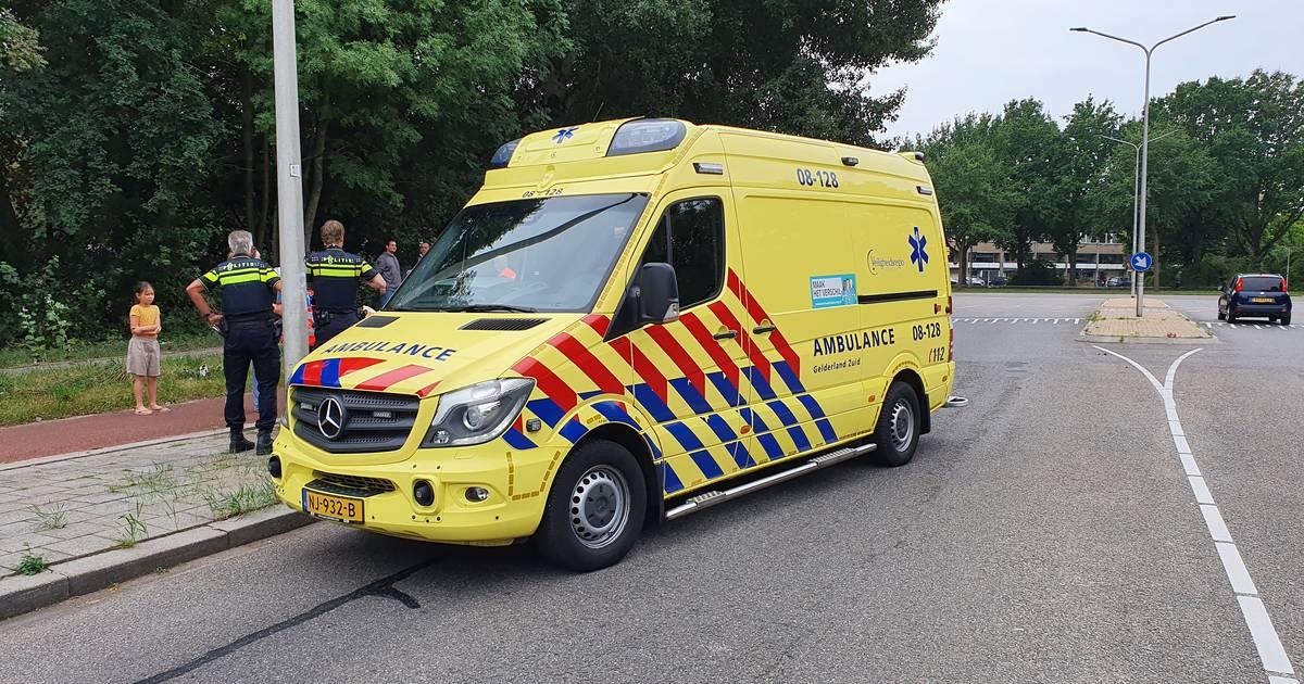 Kinderen krijgen traumabeertjes en zwangere vrouw gaat naar ziekenhuis na ongeluk in Nijmegen.