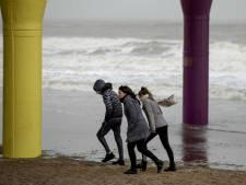 Stormachtige wind op dinsdag, iets rustiger tijdens Dodenherdenking