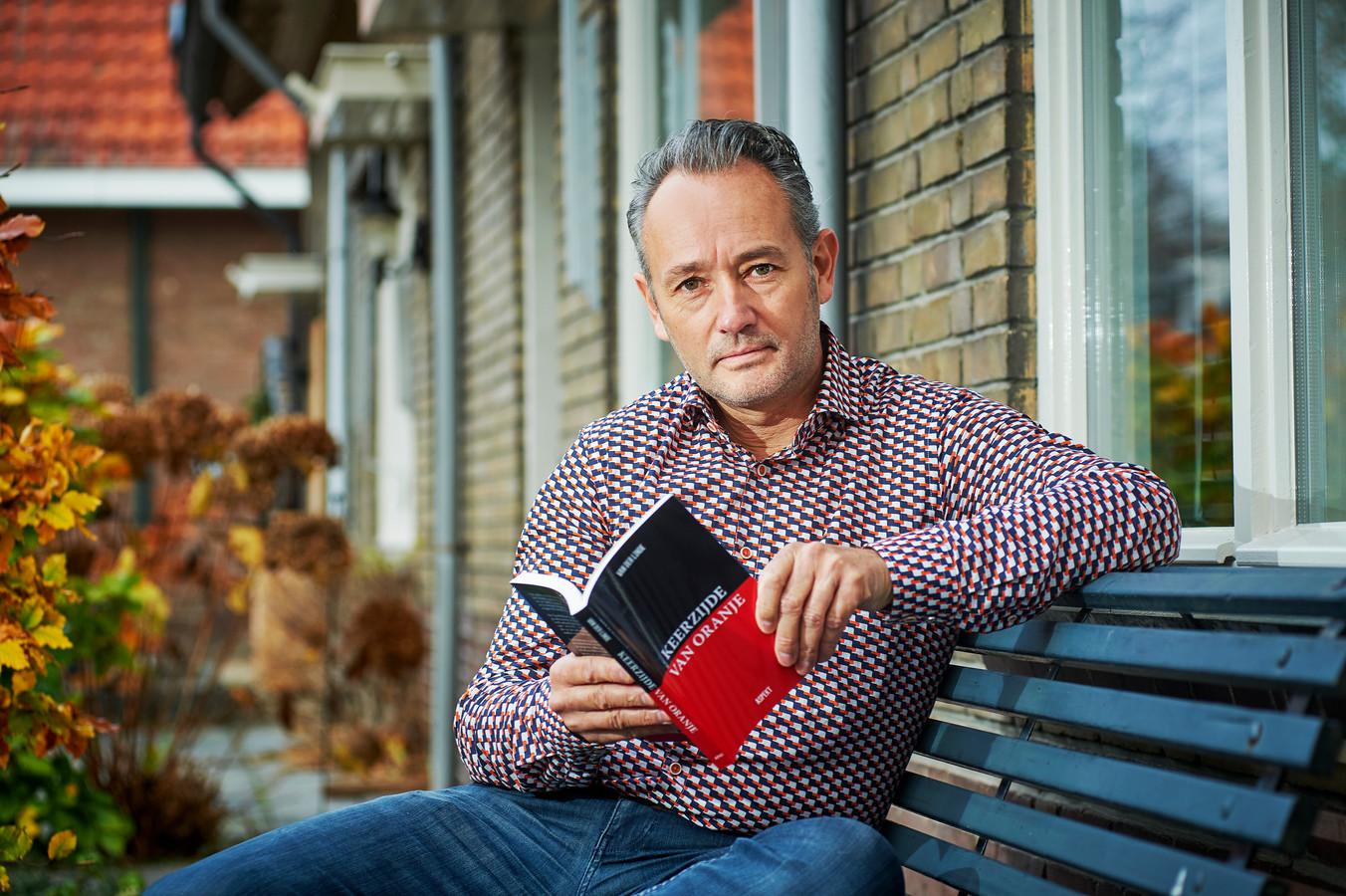 Ruud van der Linde uit Oss schreef een boek over de geschiedenis van een NSB-familie.