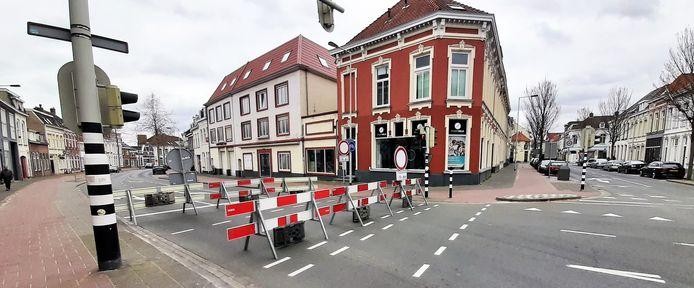 Op slot. De centrumring zit dicht tot en met 2 april. Bergen op Zoom lijkt te hebben geleerd van de chaos van vorig jaar.