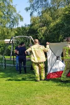 Man overleden na mishandeling in speeltuin wegens mogelijk zedendelict