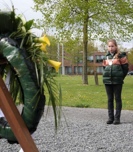 Dodenherdenking is dit jaar nóg stiller dan anders, toch zijn overal bloemenkransen gelegd
