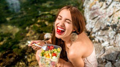 Zoveel calorieën moet je minder eten per dag om af te vallen en gezonder te zijn