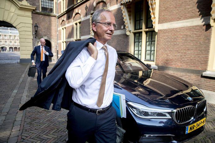 Henk Kamp in zijn functie van minister van Economische Zaken, die hij van 2012 tot 2017 vervulde in het kabinet Rutte II.
