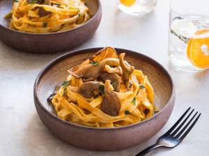 Wat Eten We Vandaag: Tagliatelle met romige pompoensaus