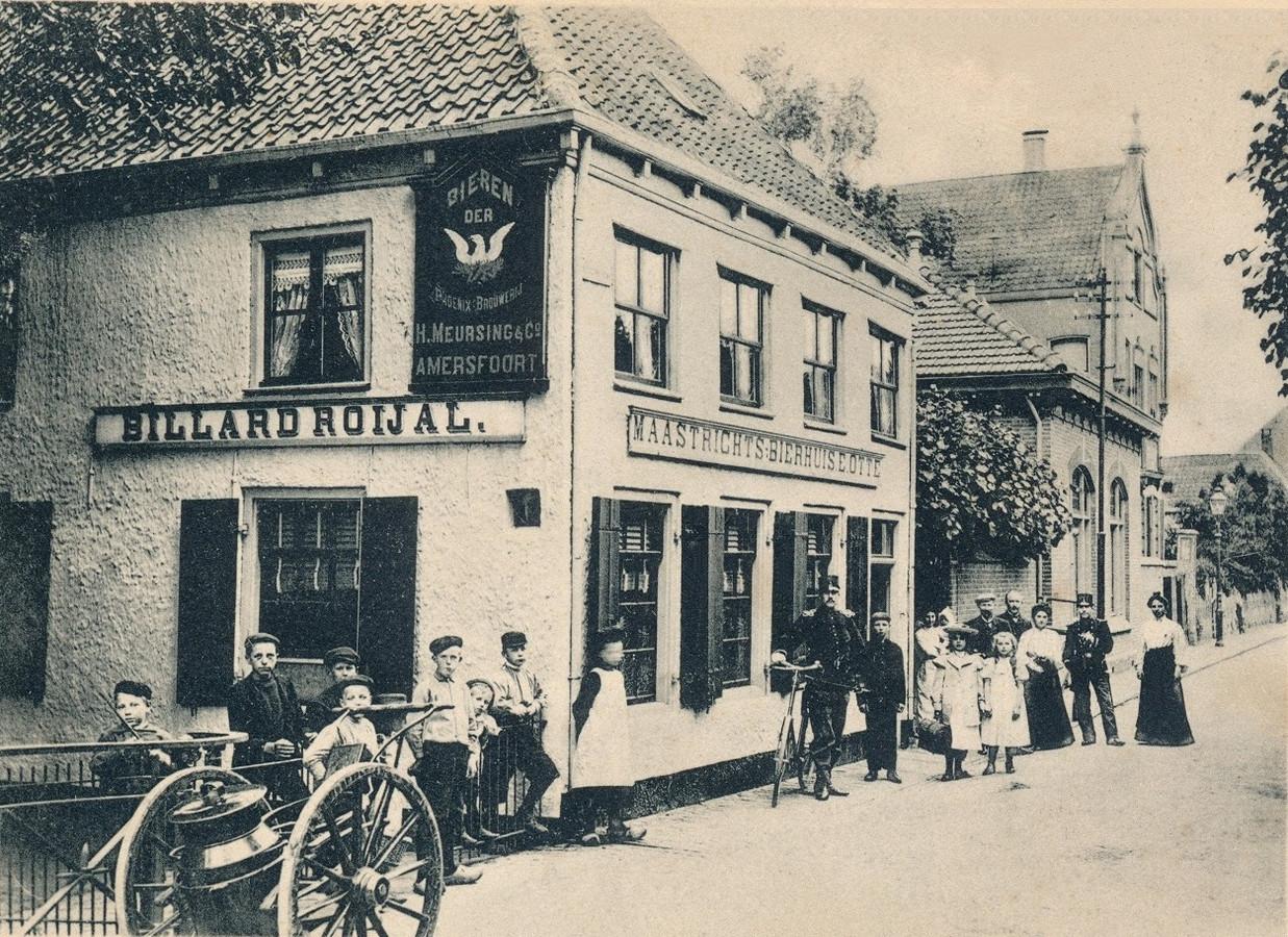 Het Maastrichts Bierhuis (later Het Boompje) in 1895.