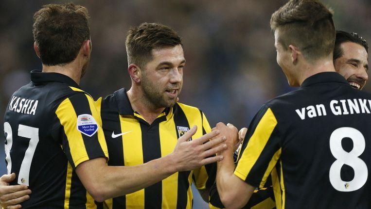 Vitesse begroet de 2-0 van Van Ginkel. Beeld PROSHOTS
