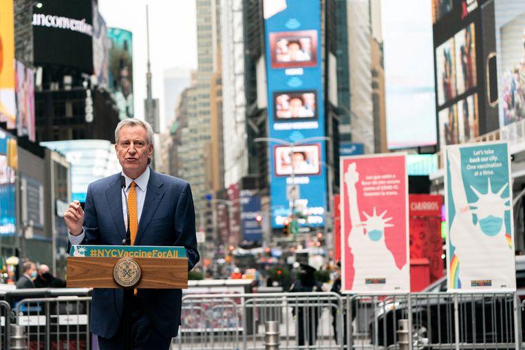 Burgemeester Bill de Blasio van New York: 'We moeten de grootste vervuilers tot de orde roepen wegens misleidende advertenties'. Beeld Reuters