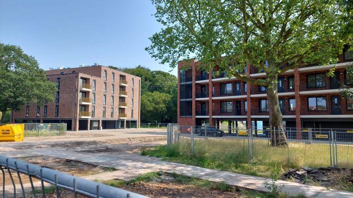 De twee appartementencomplexen aan de Bisschopsweg zijn gereed.