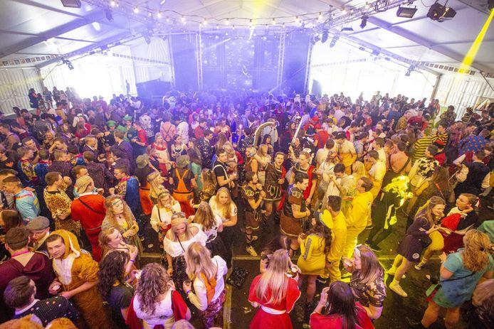 ALBERGEN - Mega Carnavalsparty.