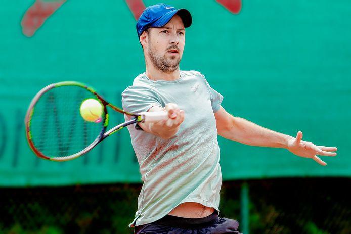 Op het tennistoernooi van TC 't Lobbeke is het uitkijken naar het duel tussen Mathias (foto) en Thomas Heyse.