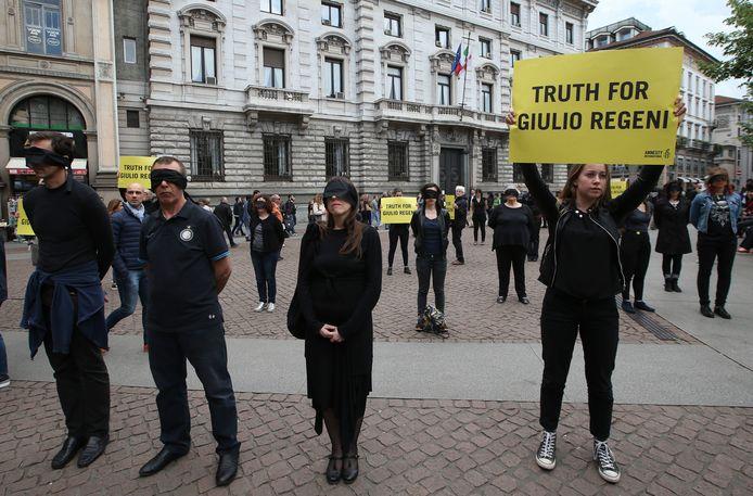 Archiefbeeld. Activisten van Amnesty International roepen op tot diepgaand onderzoek naar de moord op Regeni. (24/04/2016)