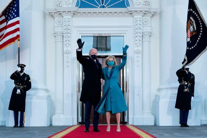 Joe et Jill Biden à leur arrivée à la Maison Blanche.