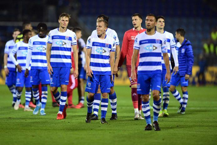 PEC Zwolle druipt af na weer een nederlaag.
