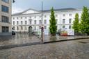 MECHELEN Vlaams minister van Onroerend Erfgoed Matthias Diependaele zet het licht op groen voor een grondige restauratie van de buitengevel van het Aartsbisschoppelijk Paleis