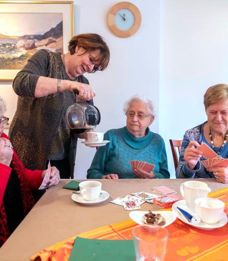 Rummikuppen en buurten onderbreken in Oisterwijk het alleen thuis zijn