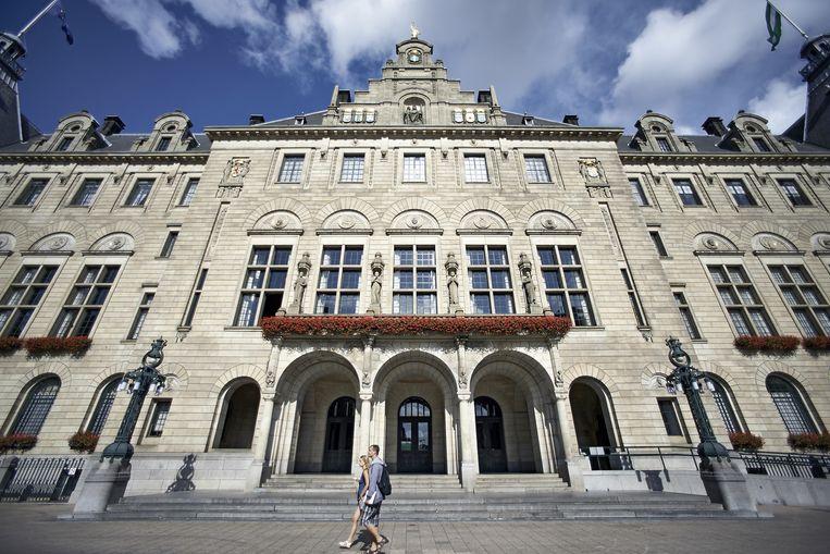 Het stadhuis aan de Coolsingel in Rotterdam Beeld anp