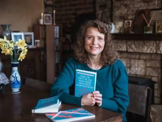 """Aleksandra (54) brengt boek uit over hoe ze Rusland verliet voor Limburgse liefde: """"Ik wist meteen dat ik mijn hele leven met Maurice zou delen"""""""