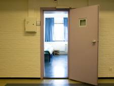 Man die hersenletsel opliep in politiecel krijgt beelden bewakingscamera niet
