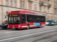 Chauffeurs op lijn 73 opgelucht nu de asielbus rijdt; overlast in de bus is verdwenen