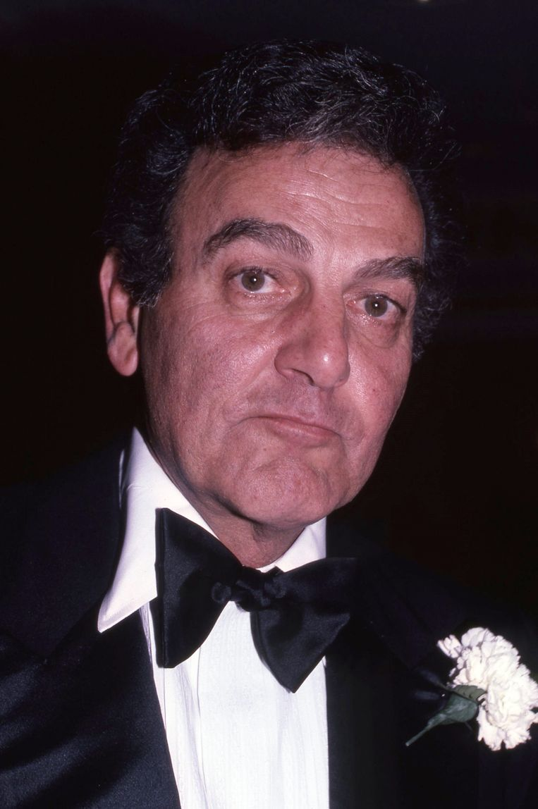 Mike Connors.