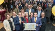 N-VA Roeselare schenkt 'Leeuwenhart' aan vzw De Kerit