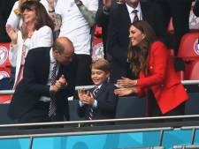 La réaction du prince George lors de l'hymne national britannique à l'Euro régale les internautes