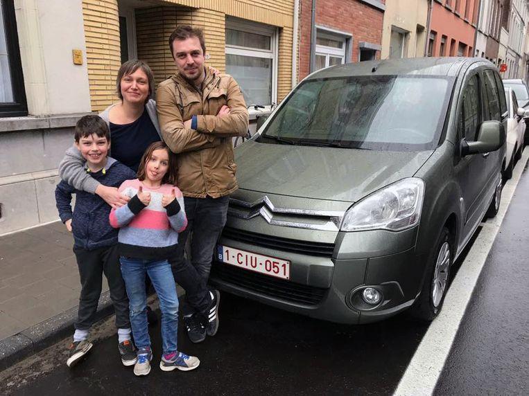 Schepen Bieke Verlinden heeft haar auto verkocht en haar gezin doet vanaf nu alles met de fiets. Foto rv
