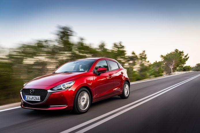 De vernieuwde Mazda 2 is een geslaagde allrounder met een bovengemiddeld prettige krachtbron.