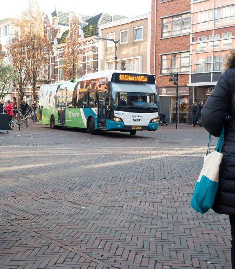 Grote stadsbussen verdwijnen uit centrum van Alphen, maar wanneer is nog de vraag