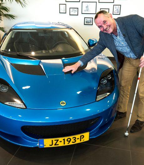 Dit is waarom de blinde Hein Noortman een pijlsnelle Lotus kocht