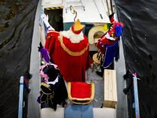 Burgemeester Amsterdam wil gesprek over Zwarte Pieten