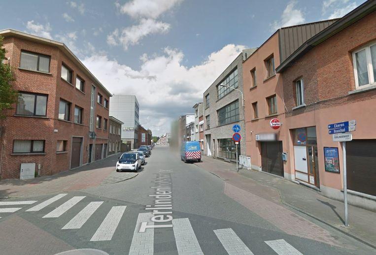 De zaak in de Terlindenhofstraat blijft vier weken dicht na herhaaldelijke inbreuken.