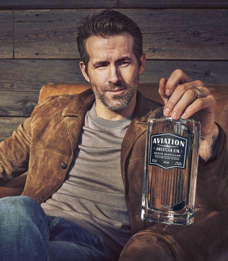 Acteur Ryan Reynolds verkoopt drankenmerk voor honderden miljoenen