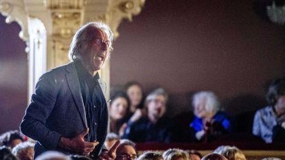 Cabaretier Freek de Jonge verstoort opening Boekenbal met tirade tegen Thierry Baudet