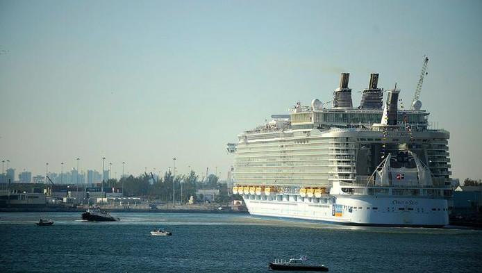 Image d'archive du navire de croisière 'Oasis of the Seas'.