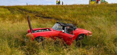 Bizar toeval: binnen twee weken tijd schieten twee rode Corvettes van dezelfde weg bij Apeldoorn