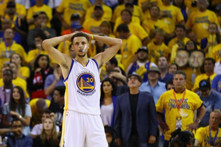 Warriors-sterspeler Steph Curry baalt tijdens het zevende duel tegen de Cavaliers. Beeld afp