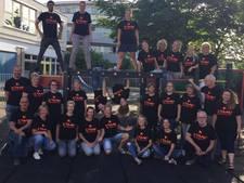 Docenten Herman Broerenschool werken door met speciale t-shirts