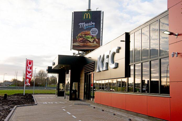 Jongeren in Rijssen-Holten willen ook graag fastfood-filialen van KFC of McDonald's. Aan de A1 bij Holten is al een McDonald's gevestigd.