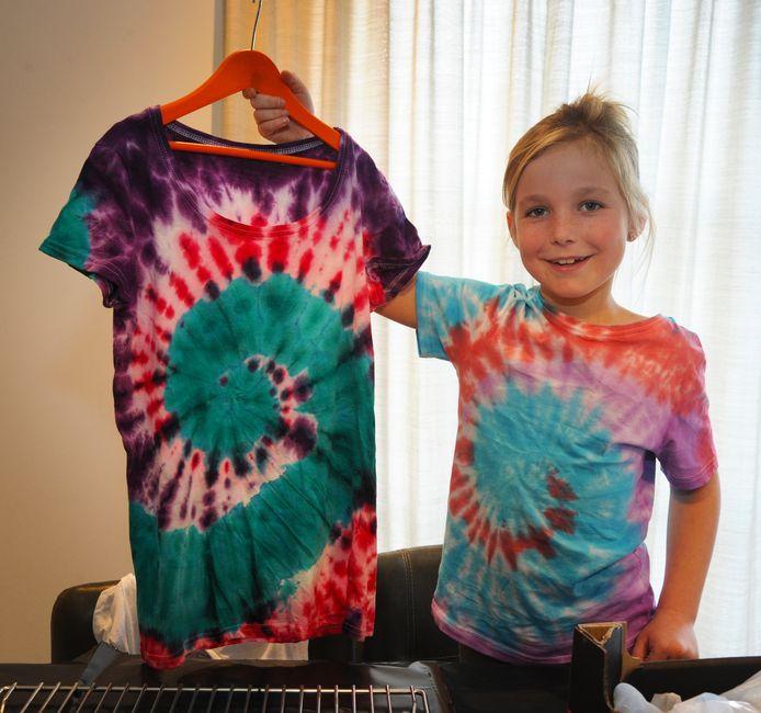 Liz Bonte maakt T-shirts voor het goede doel