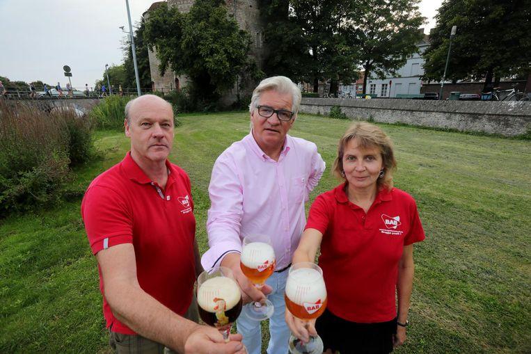 Alan Veys, Carl Delaey, Wannes Leys en Tim Cornille van de Brugse Autonome Bierproevers (BAB) mogen dit jaar wel een record toosten proberen te vestigen.