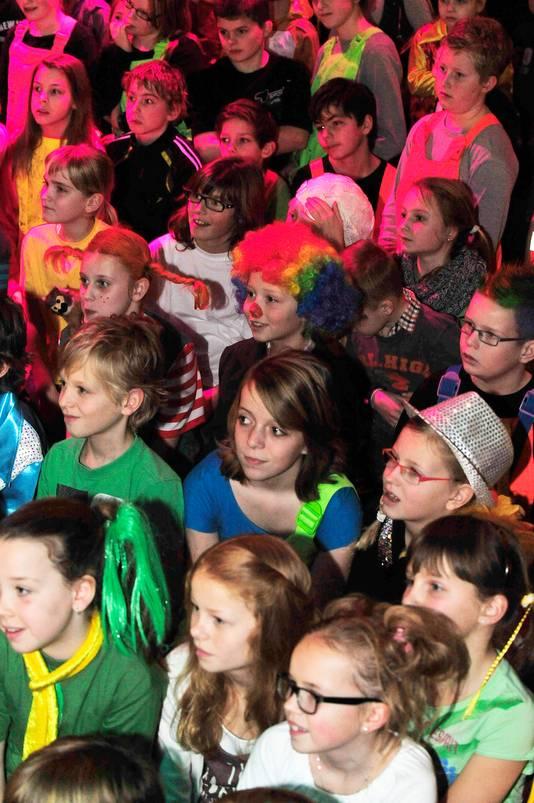 Kinderen in het publiek tijdens een eerdere editie van het Kinderliekusfist in het City Theater.
